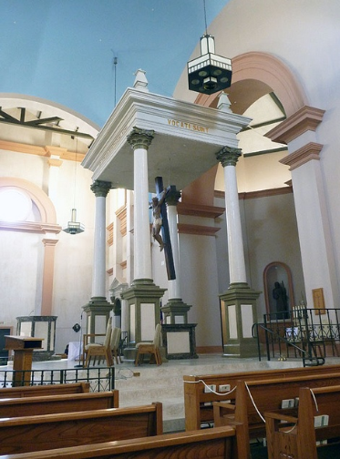 [Image: St.-Margaret-Mary-Bullhead-City-AZ-altar...cchino.png]