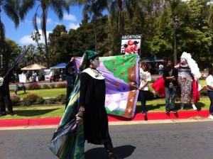 Spotted: Sisters of Perpetual Indulgence, one pro-life protester. (yelp.com)