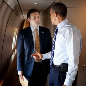 Josh Earnest and President Barack Obama (Getty images)