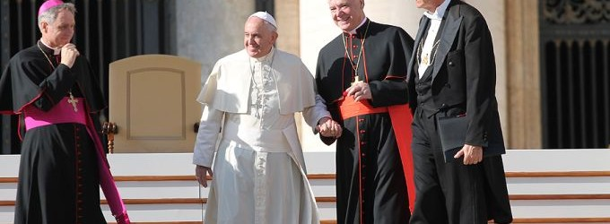 Pope Francis together with Cardinal Gerhard Müller, prefect of the Congregation for the Doctrine of the Faith, at the General Audience in St. Peter's Square, Nov. 19, 2014. (Credit: Bohumil Petrik/CNA)