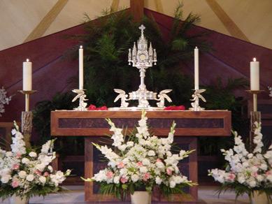 Altar area in St. Paul the Apostle Church