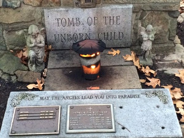 Tomb of the Unborn Child at Franciscan University in Steubenville, Ohio. (image from Twitter)